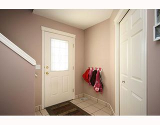 Photo 2: 114 COVILLE Square NE in CALGARY: Coventry Hills Residential Detached Single Family for sale (Calgary)  : MLS®# C3395862