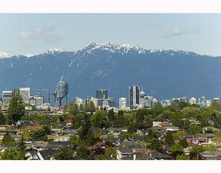 Photo 1: 4085 PUGET Drive in Vancouver: Arbutus House for sale (Vancouver West)  : MLS®# V790535