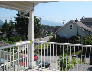 """Photo 7: 2062 MARY HILL Road in Port_Coquitlam: Mary Hill House for sale in """"MARY HILL"""" (Port Coquitlam)  : MLS®# V721593"""