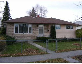 Photo 1: 804 CONSOL Avenue in WINNIPEG: East Kildonan Residential for sale (North East Winnipeg)  : MLS®# 2821411
