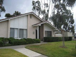 Photo 2: RANCHO BERNARDO Townhouse for sale : 2 bedrooms : 17455 Ashburton in San Diego