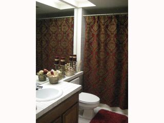 Photo 6: RANCHO BERNARDO Townhouse for sale : 2 bedrooms : 17455 Ashburton in San Diego