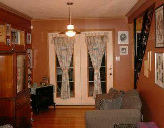 Photo 5: 437 DE LA MORENIE Street in WINNIPEG: St Boniface Single Family Detached for sale (South East Winnipeg)  : MLS®# 2601495