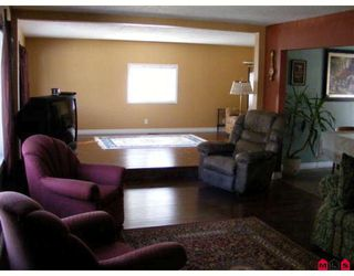 "Photo 3: 14950 KEW Drive in Surrey: Bolivar Heights House for sale in ""BIRDLAND/ELLENDALE"" (North Surrey)  : MLS®# F2904894"