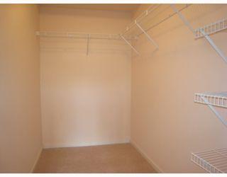 Photo 6: 108 400 KLAHANIE Drive in Port_Moody: Port Moody Centre Condo for sale (Port Moody)  : MLS®# V763322