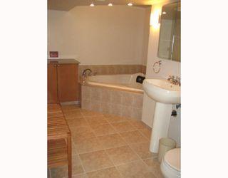 Photo 8: 387 HAROLD Avenue East in WINNIPEG: Transcona Residential for sale (North East Winnipeg)  : MLS®# 2900712