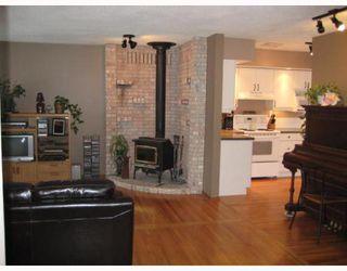 Photo 2: 387 HAROLD Avenue East in WINNIPEG: Transcona Residential for sale (North East Winnipeg)  : MLS®# 2900712
