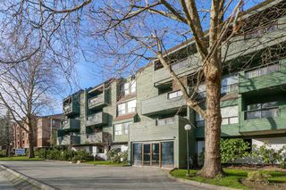 """Main Photo: 207 8591 WESTMINSTER Highway in Richmond: Brighouse Condo for sale in """"Lansdowne Grove"""" : MLS®# R2436944"""