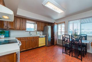Photo 5: 3888 PARKER Street in Burnaby: Willingdon Heights House for sale (Burnaby North)  : MLS®# R2441015