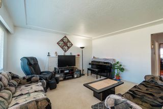 Photo 3: 3888 PARKER Street in Burnaby: Willingdon Heights House for sale (Burnaby North)  : MLS®# R2441015