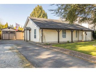 Main Photo: 21920 WICKLOW Way in Maple Ridge: West Central House for sale : MLS®# R2446850