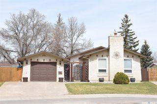 Photo 1: 47 Dale Crescent in Regina: Glencairn Village Residential for sale : MLS®# SK806120
