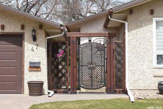 Photo 2: 47 Dale Crescent in Regina: Glencairn Village Residential for sale : MLS®# SK806120