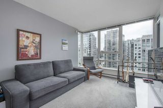 """Photo 1: 2009 939 EXPO Boulevard in Vancouver: Yaletown Condo for sale in """"MAX II"""" (Vancouver West)  : MLS®# R2491764"""