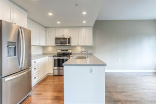 """Photo 2: 701 15333 16 Avenue in Surrey: Sunnyside Park Surrey Condo for sale in """"The Residence of Abby Lane"""" (South Surrey White Rock)  : MLS®# R2510169"""
