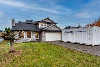 Photo 2: 6800 HENRY Street in Chilliwack: Sardis East Vedder Rd House for sale (Sardis)  : MLS®# R2519014