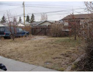 Photo 20: 203 PENMEADOWS Close SE in CALGARY: Penbrooke Residential Detached Single Family for sale (Calgary)  : MLS®# C3403189