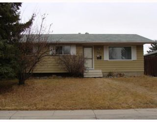 Photo 1: 203 PENMEADOWS Close SE in CALGARY: Penbrooke Residential Detached Single Family for sale (Calgary)  : MLS®# C3403189