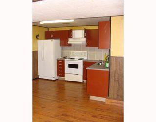 Photo 15: 203 PENMEADOWS Close SE in CALGARY: Penbrooke Residential Detached Single Family for sale (Calgary)  : MLS®# C3403189