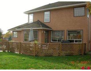 "Photo 9: 8054 153A Street in Surrey: Fleetwood Tynehead House for sale in ""FAIRWAY PARK"" : MLS®# F1002400"
