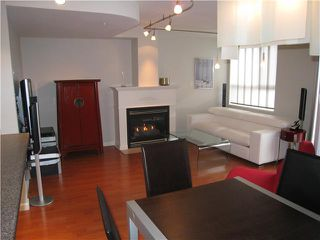 """Photo 1: 23 3477 COMMERCIAL Street in Vancouver: Victoria VE Townhouse for sale in """"LA VILLA"""" (Vancouver East)  : MLS®# V836963"""
