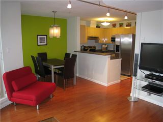 """Photo 2: 23 3477 COMMERCIAL Street in Vancouver: Victoria VE Townhouse for sale in """"LA VILLA"""" (Vancouver East)  : MLS®# V836963"""