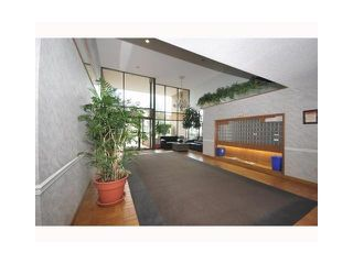 "Photo 2: 708 6595 WILLINGDON Avenue in Burnaby: Metrotown Condo for sale in ""HUNTLEY MANOR"" (Burnaby South)  : MLS®# V839832"