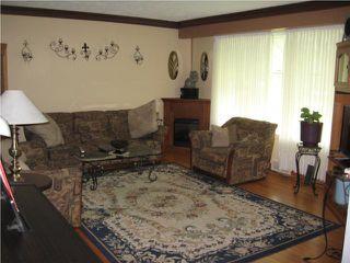 Photo 3: 485 Oakview Avenue in WINNIPEG: East Kildonan Residential for sale (North East Winnipeg)  : MLS®# 1014022