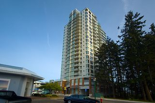 "Photo 1: 505 15152 RUSSELL Avenue: White Rock Condo for sale in ""MIRAMAR VILLAGE"" (South Surrey White Rock)  : MLS®# F1022156"