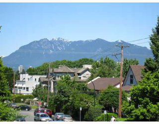 Photo 1: 201 2006 W 2ND Avenue in Vancouver: Kitsilano Condo for sale (Vancouver West)