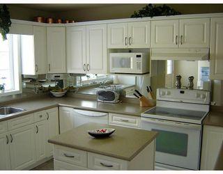 Photo 2:  in WINNIPEG: Windsor Park / Southdale / Island Lakes Condominium for sale (South East Winnipeg)  : MLS®# 2902236