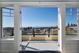 "Photo 9: 6344 SAMRON Road in Sechelt: Sechelt District House for sale in ""WEST SECHELT"" (Sunshine Coast)  : MLS®# V760674"