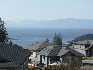 "Photo 18: 6344 SAMRON Road in Sechelt: Sechelt District House for sale in ""WEST SECHELT"" (Sunshine Coast)  : MLS®# V760674"