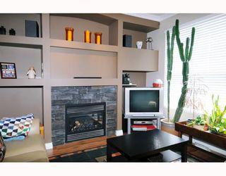 "Photo 2: 13 11720 COTTONWOOD Drive in Maple_Ridge: Cottonwood MR Townhouse for sale in ""COTTONWOOD GREEN"" (Maple Ridge)  : MLS®# V767149"