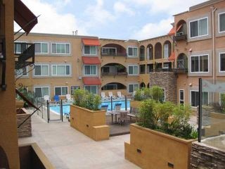 Photo 5: PACIFIC BEACH Condo for sale : 1 bedrooms : 860 Turquoise St #131