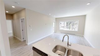 Photo 9: 202 280 Island Hwy in VICTORIA: VR View Royal Condo for sale (View Royal)  : MLS®# 823228
