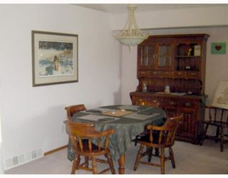 Photo 5: 71 AMANDA Crescent in WINNIPEG: West Kildonan / Garden City Residential for sale (North West Winnipeg)  : MLS®# 2910316