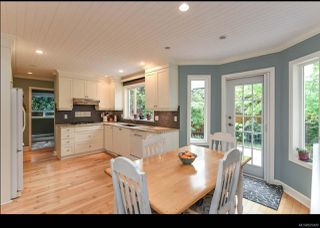 Photo 5: 215 Marida Pl in COMOX: CV Comox (Town of) House for sale (Comox Valley)  : MLS®# 825409
