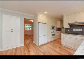 Photo 7: 215 Marida Pl in COMOX: CV Comox (Town of) House for sale (Comox Valley)  : MLS®# 825409