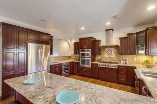 Photo 9: JAMUL House for sale : 3 bedrooms : 2091 Via Laura