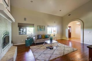 Photo 5: JAMUL House for sale : 3 bedrooms : 2091 Via Laura