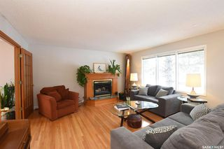 Photo 2: 61 Cardinal Crescent in Regina: Whitmore Park Residential for sale : MLS®# SK803312