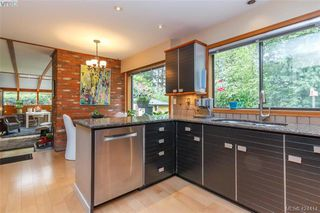 Photo 12: 839 Wavecrest Place in VICTORIA: SE Broadmead Single Family Detached for sale (Saanich East)  : MLS®# 424414