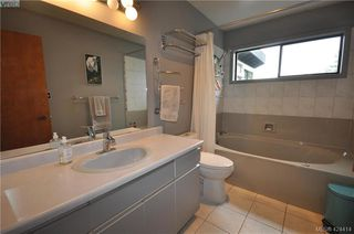 Photo 22: 839 Wavecrest Place in VICTORIA: SE Broadmead Single Family Detached for sale (Saanich East)  : MLS®# 424414