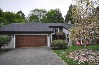 Photo 35: 839 Wavecrest Place in VICTORIA: SE Broadmead Single Family Detached for sale (Saanich East)  : MLS®# 424414