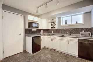 Photo 32: 159 HIDDEN GR NW in Calgary: Hidden Valley House for sale : MLS®# C4293716