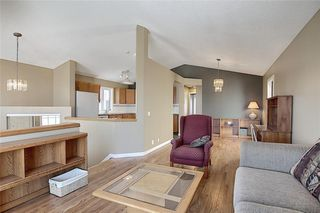 Photo 8: 159 HIDDEN GR NW in Calgary: Hidden Valley House for sale : MLS®# C4293716