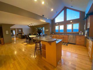 "Photo 5: 13545 SUNNYSIDE Drive: Charlie Lake House for sale in ""LAKESHORE"" (Fort St. John (Zone 60))  : MLS®# R2465835"