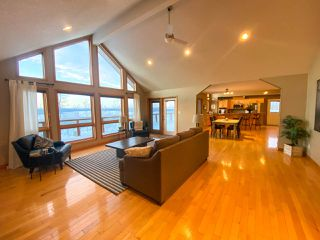 "Photo 8: 13545 SUNNYSIDE Drive: Charlie Lake House for sale in ""LAKESHORE"" (Fort St. John (Zone 60))  : MLS®# R2465835"