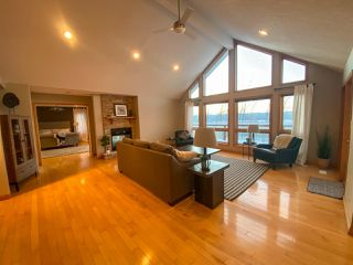 "Photo 10: 13545 SUNNYSIDE Drive: Charlie Lake House for sale in ""LAKESHORE"" (Fort St. John (Zone 60))  : MLS®# R2465835"